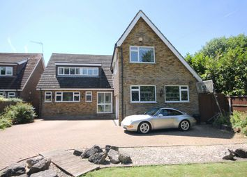 Thumbnail 5 bed property for sale in Hythe End Road, Wraysbury, Staines