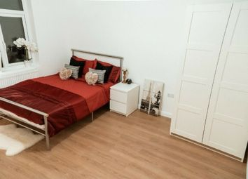 Thumbnail 1 bed flat to rent in Bath Road, Hounslow, Greater London