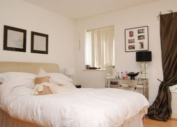 Thumbnail 5 bed property to rent in St Davids Square, Isle Of Dogs