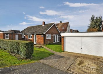 Thumbnail 4 bedroom bungalow to rent in Seamons Close, Dunstable