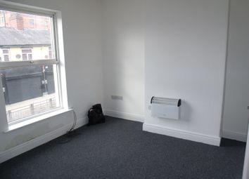 Thumbnail 1 bed flat to rent in Ashton Road, Oldham