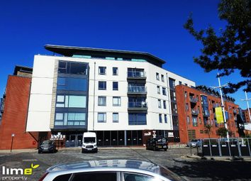Thumbnail 2 bed flat to rent in Railway Street, Hull