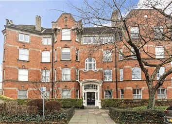 Thumbnail 4 bed flat to rent in Woodstock Road, London