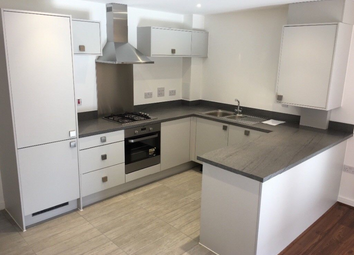 Thumbnail 3 bed flat to rent in Grant Road, Croydon