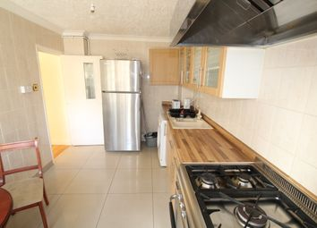 Thumbnail 4 bedroom shared accommodation to rent in Cahir Street, Isle Of Dogs