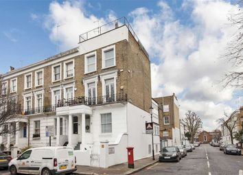 Thumbnail 3 bed flat to rent in Gunter Grove, London