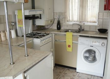 1 bed property to rent in Belle Vue Court, Leeds LS3