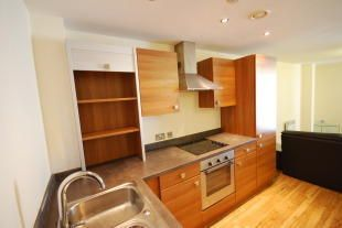 Thumbnail 3 bed flat to rent in 138 Chapel Street, Salford