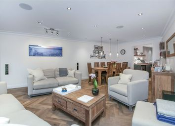 Portland Court, 1 Falmouth Road, London SE1. 3 bed flat for sale