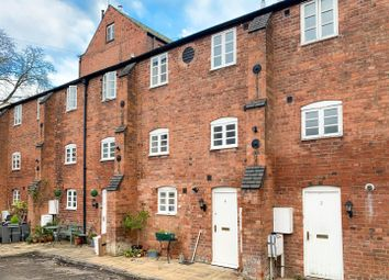 Thumbnail 2 bed town house for sale in New Brook Street, Leamington Spa