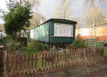 Thumbnail Mobile/park home for sale in Sycamore Crescent, Radley, Abingdon