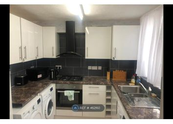 Thumbnail Room to rent in Lisle Court, London
