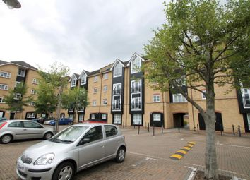 Thumbnail 3 bed flat to rent in Evans Wharf, Apsley Lock, Hemel Hempstead
