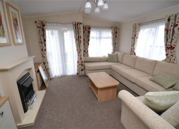 Thumbnail 2 bedroom mobile/park home for sale in London Road, Clacton-On-Sea