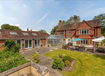 Thumbnail 5 bed detached house for sale in New Road, Thatcham, Berkshire
