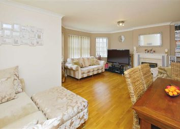 Thumbnail 2 bedroom flat for sale in Worlds End Lane, Winchmore Hill, London
