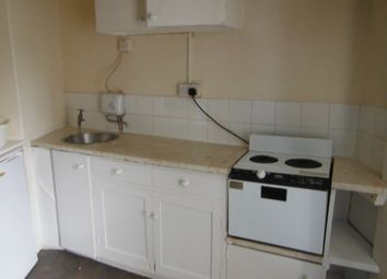 Thumbnail Room to rent in Green Lane, Redruth