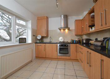 Thumbnail 2 bed flat to rent in Wellington Place, Great North Road, East Finchley
