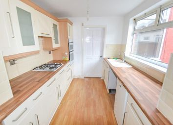 Thumbnail 3 bed terraced house to rent in South View, Paisley Street, Hull