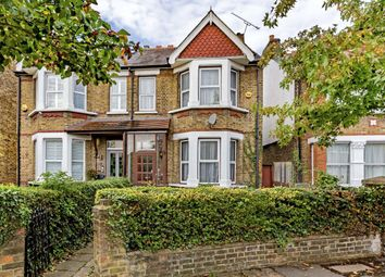 3 bed property for sale in Lynton Avenue, London W13