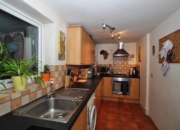 Thumbnail 2 bed flat to rent in Cambridge Road, Hitchin