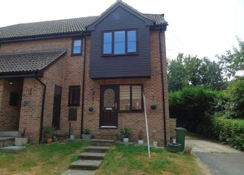 Thumbnail 2 bed flat for sale in Linton Close, Tadley