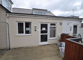 Thumbnail 1 bed flat to rent in Lower Treluswell, Penryn