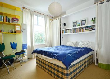 Thumbnail 2 bed flat to rent in Station Road, North Finchley