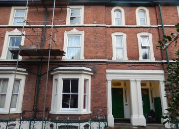 Thumbnail Room to rent in Newbridge Crescent, Wolverhampton