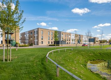 Thumbnail 1 bed flat to rent in Angus Court, Thame