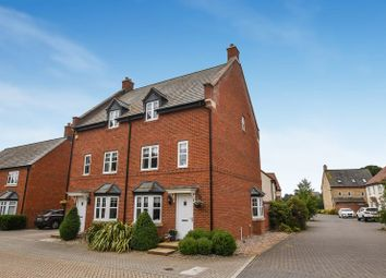 Thumbnail 4 bed property for sale in Goodwood Close, Chesterton, Bicester