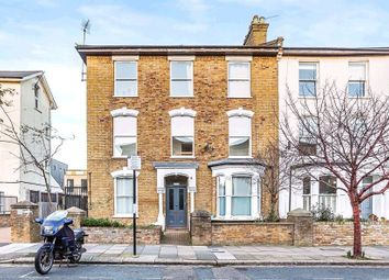 Thumbnail 4 bed terraced house to rent in Finsbury Park, London
