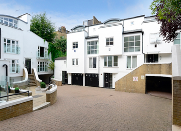 Thumbnail 3 bed town house to rent in Peony Court Town House, London