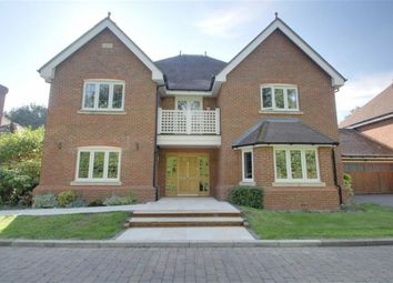 Thumbnail 5 bed detached house for sale in Eggleton Drive, Tring