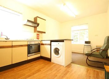 Thumbnail 2 bedroom flat to rent in Frobisher Road, Harringay Turnpike Lane, London