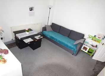 1 bed flat to rent in Oldfield Lane North, Greenford UB6