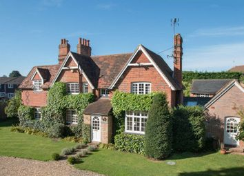 Thumbnail 5 bed detached house for sale in Park Lane, Guildford