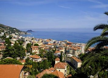 Thumbnail 7 bed town house for sale in 17021 Alassio Sv, Italy