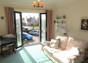 Thumbnail 2 bed flat for sale in Batchwood View, St.Albans