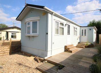 Thumbnail 2 bed mobile/park home for sale in Grovelands Park, Winnersh, Wokingham