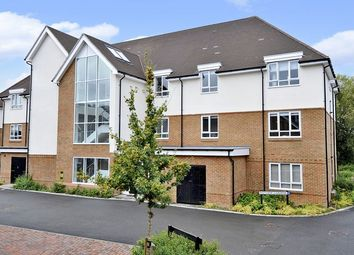 Thumbnail 2 bed flat to rent in Weyview Gardens, Godalming