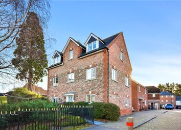 5 bed detached house for sale in The West Hundreds, Fleet GU51