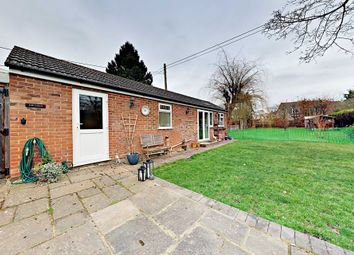 Thumbnail Studio to rent in Darby Green Lane, Blackwater, Camberley