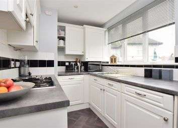 1 bed flat for sale in West Street, East Grinstead, West Sussex RH19