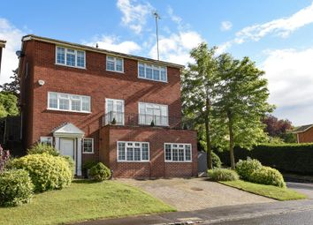 Thumbnail 6 bed detached house for sale in Henley-On-Thames, Oxfordshire