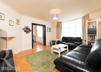 Thumbnail 3 bed flat to rent in Stanhope Court, London