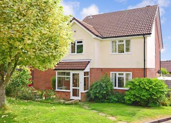 Knights Meadow, Uckfield TN22. 4 bed detached house