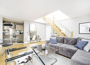 Thumbnail 3 bed flat for sale in Lee Street, Haggerston