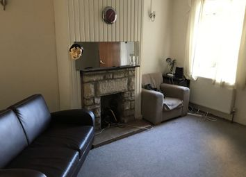 Thumbnail Terraced house to rent in Beckhampton Road, Bath