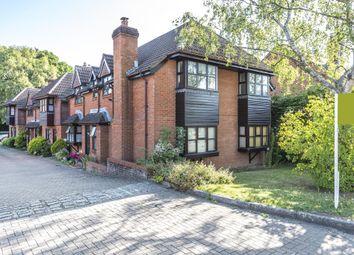 1 bed flat for sale in Lightwater, Surrey GU18